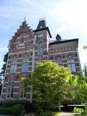 Red Castle, serristenwoning in neogotische stijl