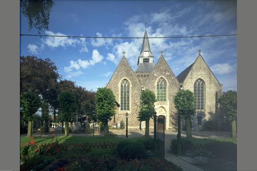 Poperinge, Roesbrugge-Haringe, Parochiekerk Sint-Martinus, Haringeplein Zonder Nummer