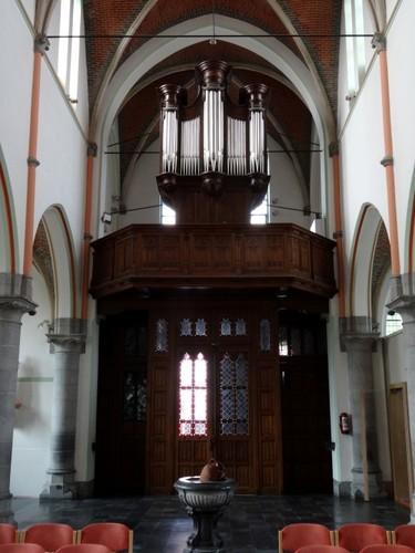 De Pinte Pintestraat zonder nummer Orgel in de kerk