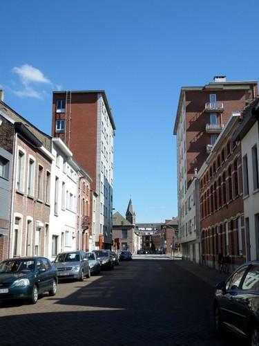 Mechelen Mgr. Van Nuffelstraat Algemeen zicht op de Mgr. Van Nuffelstraat, vanaf de aansluiting met de Dageraadstraat en de Nattehofstraat