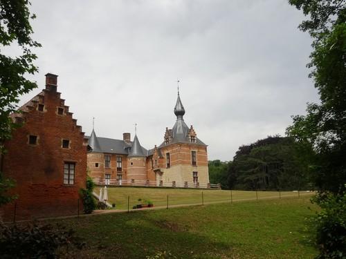 Kasteel de Liedekerke met overwegend 17de-eeuswse bouwkenmerken