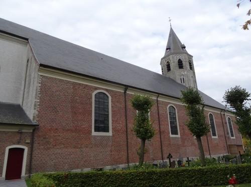 Kaprijke Voorstraat zonder nummer Zuidwestzijde van de kerk