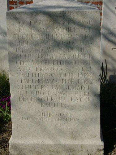 Sint-Jan: New Irish Farm Cemetery: Duhallow Block
