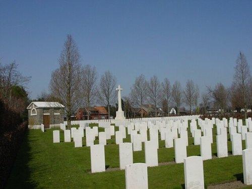 Sint-Jan: Oxford Road Cemetery: Cross of Sacrifice
