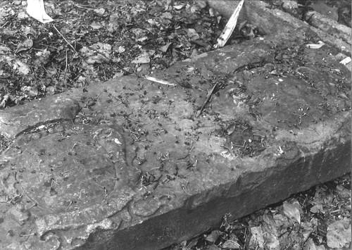 Zoutleeuw Grote Steenweg zonder nummer, oude grenssteen