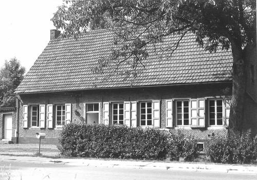 Lennik Alfred Algoetstraat 110