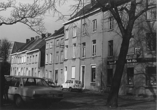 Halle Baron Jacquesstraat, Halle Baron Jacquesstraat, zijstraat van het Oudstrijdersplein