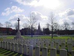 Ieper: Ypres Reservoir Cemetery: overzicht (https://id.erfgoed.net/afbeeldingen/2348)