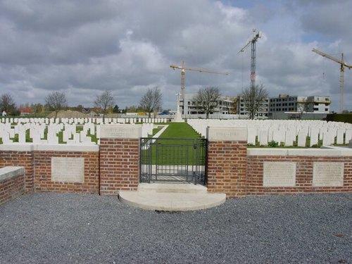 St-Jan: White House Cemetery: toegang