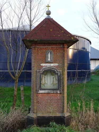 Kaprijke Wulfhoekstraat zonder nummer Ommegangkapel XIV De Hemelvaart van Maria