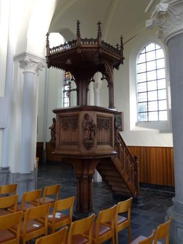Sint-Laureins Kerkplein zonder nummer Preekstoel van de parochiekerk Sint-Margareta