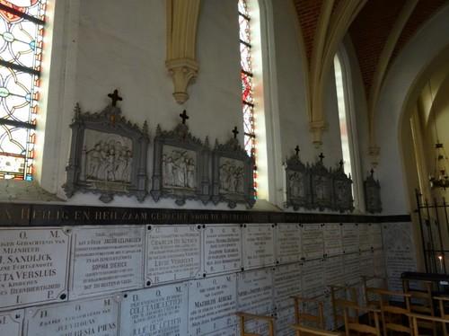 Eeklo Molenstraat zonder nummer Interieur zuidzijde van de Heilig Grafkapel