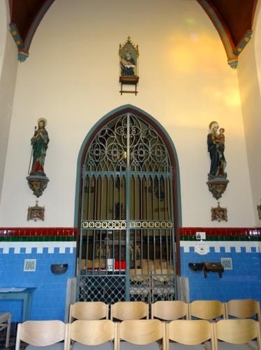 Kaprijke Interieur van de kapel Onze-Lieve-Vrouw van Kleem, bidruimte