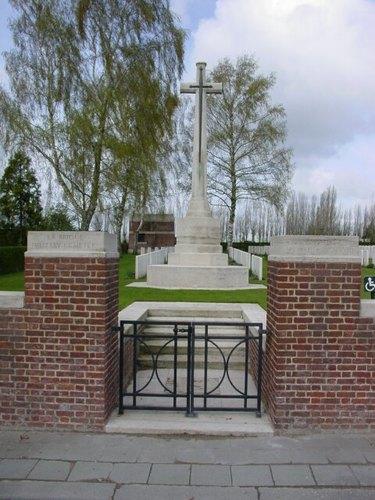 Sint-Jan: La Brique Cemetery No 2: toegang