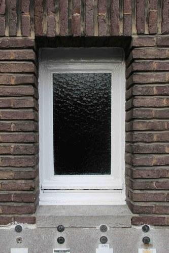 Antwerpen Pol de Montstraat 2 venster