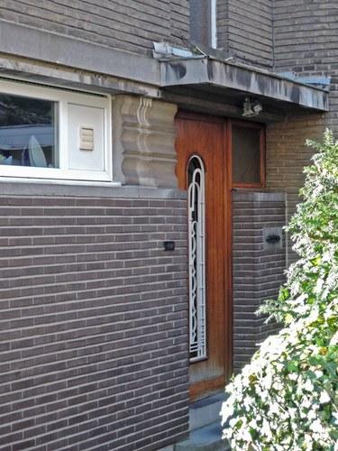 Antwerpen Tentoonstellingslaan 42 zijgevel voordeur