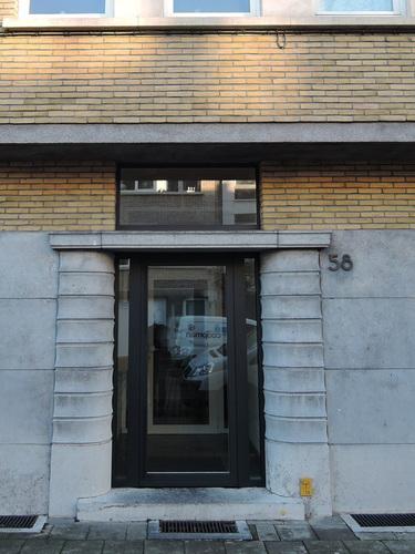 Antwerpen Volhardingstraat 58 voordeur