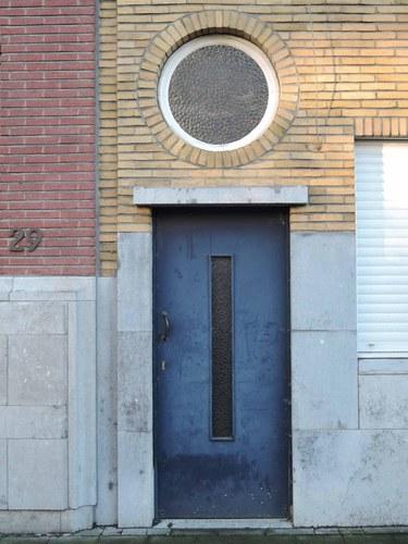 Antwerpen Volhardingstraat 58 zijgevel deur