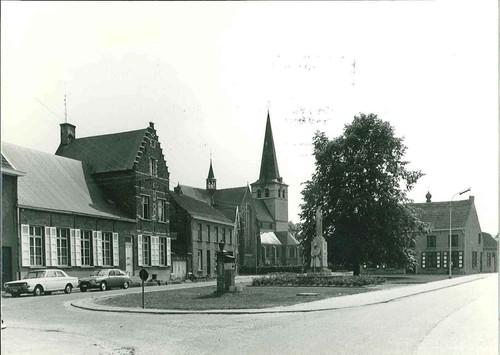 Zandhoven Amelbergastraat, De Linden