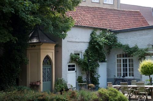 Oudenaarde Grachtschelde 11 Dienstgebouwtje en toilet