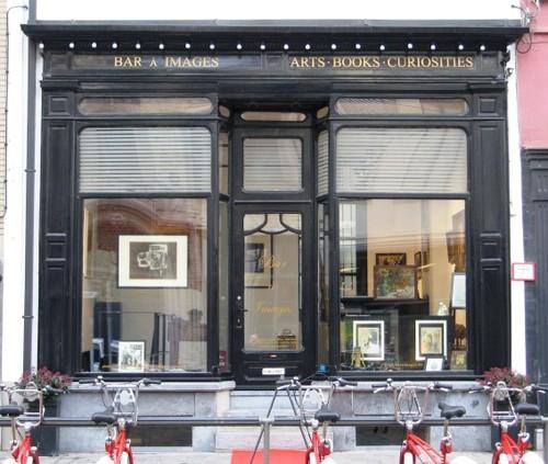 Antwerpen Minderbroedersrui 44 winkelpui