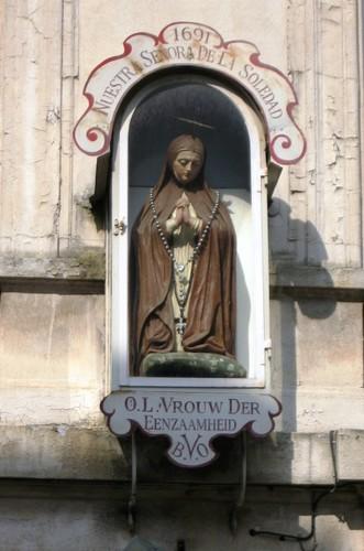 Antwerpen Pieter van Hobokenstraat 9 Mariabeeld