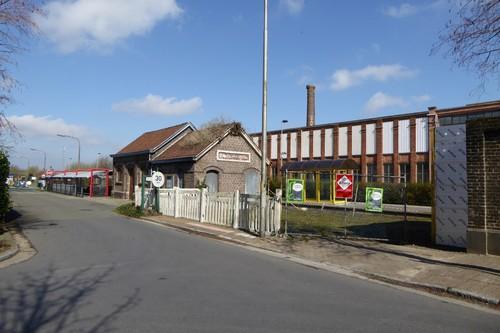 Waarschoot stationsplein en omgeving