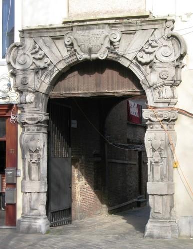 Antwerpen Falconplein 39 poort