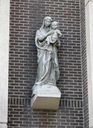 Antwerpen Rijnpoortvest 44 Mariabeeld