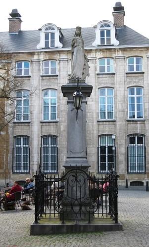 Antwerpen Vrijdagmarkt Heilige Catharina