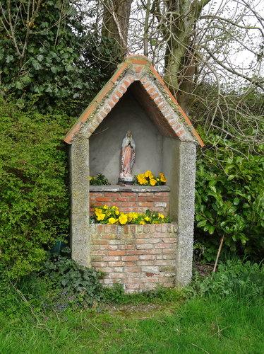 Damme Konduitput 6 De oude kapel werd vervangen door een nieuwe