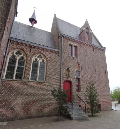 Zusterklooster en meisjesschool van de Heilige Engelen