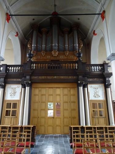 Maldegem Marktstraat 36 Orgel van parochiekerk Sint-Barbara