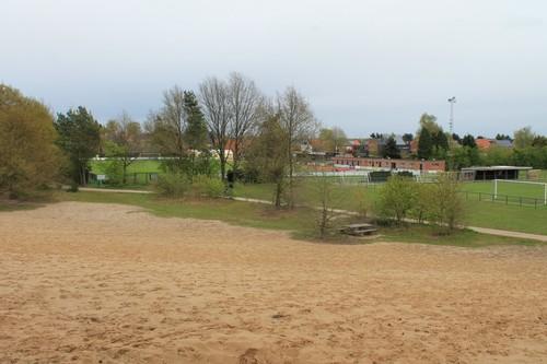 Konijnenberg, stuifzand tegen sportvelden, Vosselaar