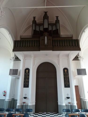 Maldegem Kleitkalseide zonder nummer Orgel in parochiekerk Sint-Vincentius a Paulo