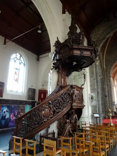 Zomergem Markt zonder nummer Preekstoel in parochiekerk Sint-Martinus