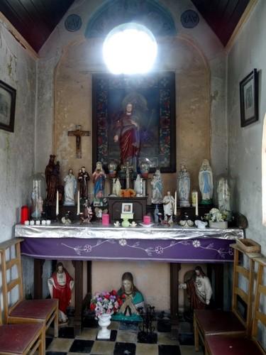 Waarschoot Stuiver zonder nummer Interieur van kapel Nood zoekt Troost