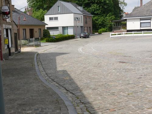 Zottegem Elene Molenbeekstraat kasseiweg (1)