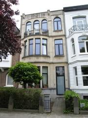 Antwerpen Ter Rivierenlaan 64 (https://id.erfgoed.net/afbeeldingen/242576)