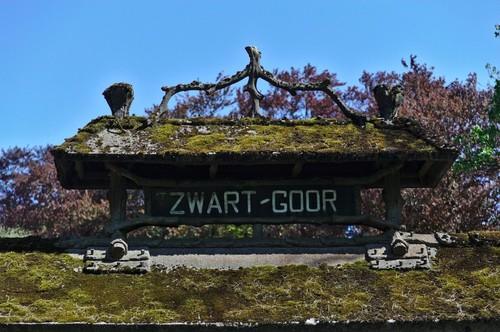 Merksplas Zwart Goor 2 detail inrijpoort