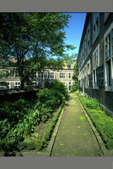 Hasselt Zuivelmarkt Zonder Nummer Begijnhof (https://id.erfgoed.net/afbeeldingen/24421)