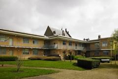 Bejaardenwoningen en sociaal woonblok van Onze Woning