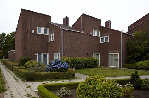 Baarle Hertog Dr. Govaertsplantsoen 44-46
