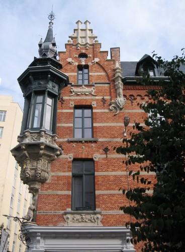 Antwerpen Isabellalei 2 zijgevel