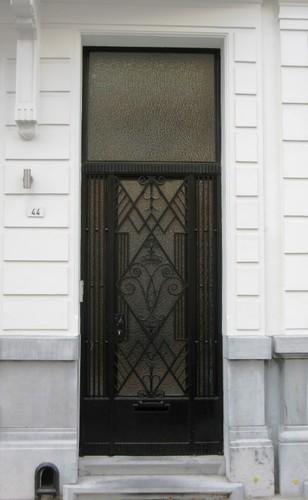 Antwerpen Robert Molsstraat 44 deur