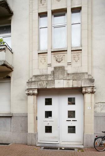 Antwerpen Ferdinand Berckmansstraat 5 detail