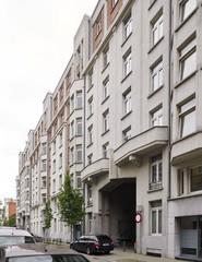 Sociale woonblokken ontworpen door Gebroeders De Vos