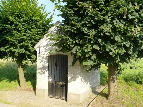 Kruishoutem St. Elooiskeer Sint-Elooiskapel (2)
