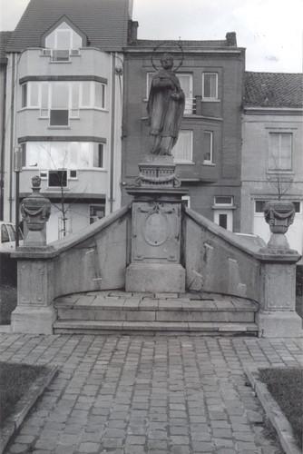 Aalst Pontstraat beeld Johannes Nepomucenus