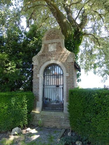 Sint-Truiden Gorsem Gorsem-Dorp Abelen bij wegkapel (3)